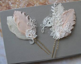 Blush Champagne  Peacock Feather Hair Pins, Peacock hair pins, Bridal Headpiece, Wedding hair piece, Feather Fascinator , Wedding Headpiece