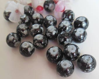 set of 10 black and white glass pearls