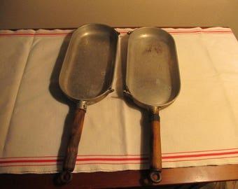 Omelet pan; heavy duty two-piece omelet pan; breakfast pan; early 1900's