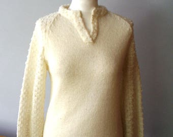 Vintage White Ecru Cream Sweater, womens sweater with fancy sleeves, Creamy Pullover
