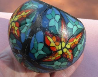 Vintage Star Stained Glass Look Round Candle TLC