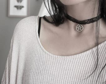 Witch's Spell . necklace choker black lace pentacle pendant & Swarovski pagan witchcraft victorian gothic jewelry .