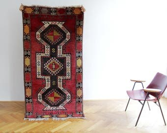 Vintage Rug // 195x99 cm Red Boho Kilim // Hand Made Tribal Floor Rug