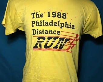 35% OFF SALE Vintage 1988 Philadelphia Distance Run SOFT Screen Stars t-shirt - marathon shirt - 80s tshirt - 90s tshirt - vintage tee (Larg