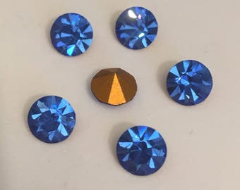 Vintage Glass Round Vibrant Sapphire Blue colour Glass rhinestone chaton 6mm Foiled pointed back - 6 pieces. Jewellery Supplies