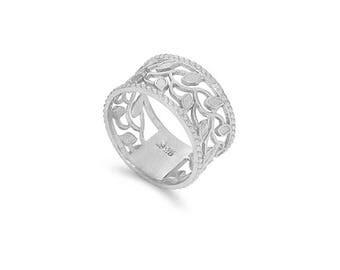 Sterling Silver leaf wide band. Silver leaf band. Leaf ring.