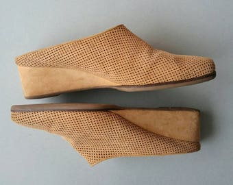 Suede Minimalist Wedge Mules Size 9.5 - Punched Tan Leather Made in Italy