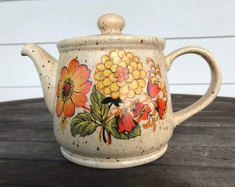 Vintage Sadler teapot with orange/yellow flowers from the 1960s