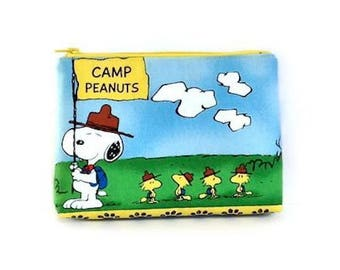 Snoopy Purse with Zipper, Make Up Bag, Peanuts Scouts Zip Pouch, Cosmetic Bag