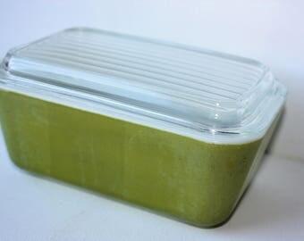 Vintage Pyrex-Pyrex Dish-Pyrex Baking Dish-Kitchen Container-Baking Dish-Vintage Kitchen-Housewares-Refigerator Dish-Ovenware-Food Storage