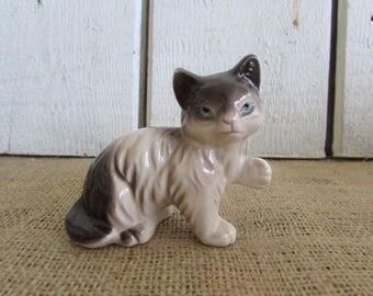 Ceramic Kitty Cat Figurine Made in Japan, Ceramic Cat Figurine, Cat Figurines, Vintage Animal Figurines, Vintage Cat Figurine, Figurines