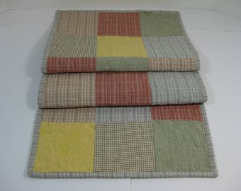 Table Runner, Patchwork Quilted Table Runner