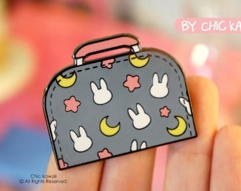 Enamel pin Chic Kawaii sailor moon bag pin, big size, super cute pins