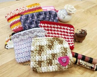 Crochet zip coin pouch, coin purse , zip pouch, zipper pouch