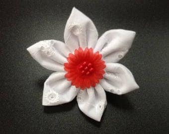 Handmade white broderie anglais fabric flower fashion brooch lapel pin corsage for coat,hat,bag,scarf, FREE SHIPPING UK
