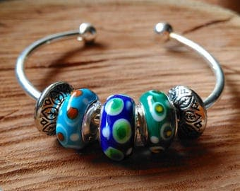 Handmade Glassbeaded Bangle