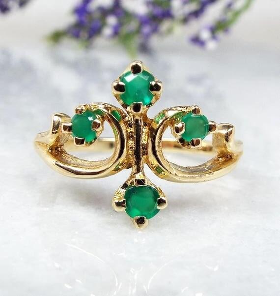 Vintage / 14ct Yellow Gold Fleur de Lis 4 Emerald Fantasy Ring Size P / Elven