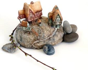 Boatsman Island | Handmade Miniature Island | Mixed-media artwork | Diorama | Houses | Boats | Village | Medieval