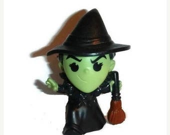 Wicked WITCH of the West Figurine Wizard of Oz 75th Anniversary Vintage GOTH Kitsch Action Figure Halloween McDonalds Toy Finger Puppet Gift