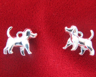 """BULK! 25pc """"dog"""" charms in antique silver style (BC421B)"""