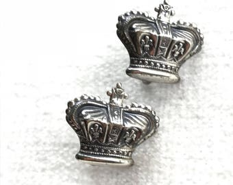Impossible to find Vintage Sterling Silver Royal Crown screw back earrings