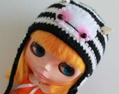 Zebra Crossing Baby Fangster Hat - A Hat For Neo Blythe and Pullip - Blythe Clothes - Dolls Hat  - Blythe Helmet - Eriko's Emporium