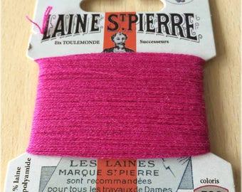 St. Pierre 538 fuchsia wool yarn