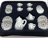 Miniature  Dollhouse Plates Silver Design 15pc Cups Plastic Dollhouse Tableware  MD011518