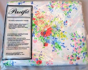 1970s Pacific Floral Twin Flat Sheet New in Package No Iron Perma Press Twin Flat Sheet