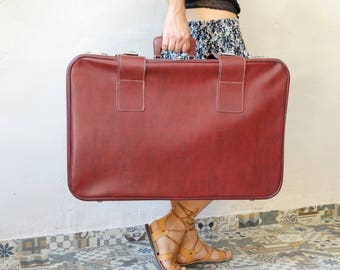 Bordeaux Leather Suitcase, Train Case, Leather Valise, Luggage, Suitcase Table, Travel Trunk, Bordeaux Luggage, Cardboard Suitcase, Suitcase