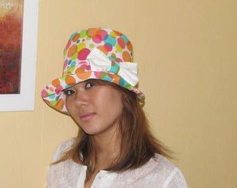 Multicolor Hat model di gioia