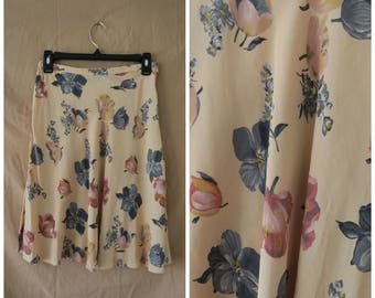 Vintage Express Skirt Size Small Floral Skirt Above Knee Skirt Peach Color