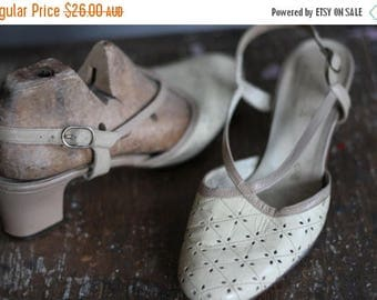 ON SALE 1970s Cream and Taupe Strappy Heels 6.5B Footrest