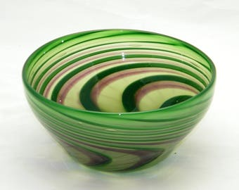 Green and Purple Spiral Wig-Wag Bowl