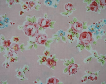"""Half Yard of Lecien Antique Flower in Pastel Small Roes Bouquets in Pink. Made in Japan Approx. 18"""" x 42"""""""