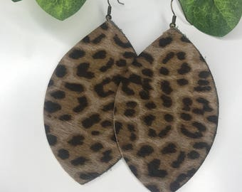 Light cheetah print leather earrings
