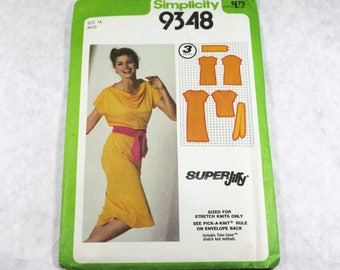 Sewing Pattern - Womens Pullover Dress or Top and Belt, Uncut and Complete with Instructions, Simplicity 9348