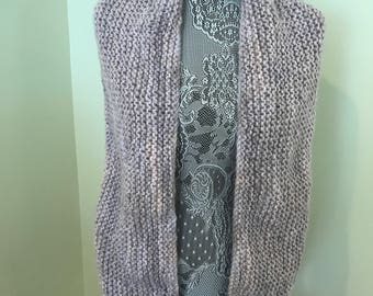 Shades of grey and light pink tones infinity scarf. Hand made acrylic . Machine washable.