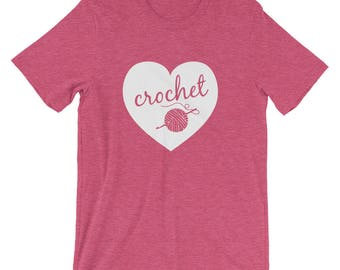 Crochet T-Shirt – Love to Crochet with Yarn & Crochet Hook | Adult T-shirt | Shirt for Crocheters