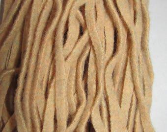 """Rug Hooking #8 Cut Wool Strips Bundle,""""Tapioca Beige"""" for Rug Hooking"""