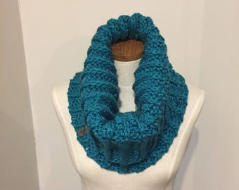 Crochet Cowl, Thick Scarf, Winter Scarf