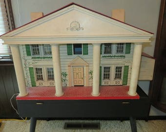 ANTIQUE COLONIAL VICTORIAN Dollhouse