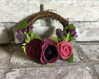 Mulberry 6 inch Felt Flower Grapevine Wreath