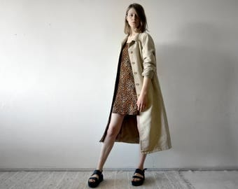 vintage suedette midi coat longline jacket with classic collar and pockets in beige medium size 36