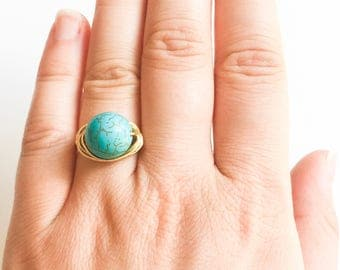 Turquoise Stone Gold Wire Wrapped Ring