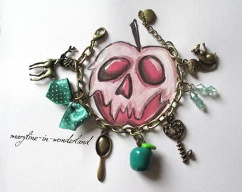 """Snow white"" Emerald charm bracelet"