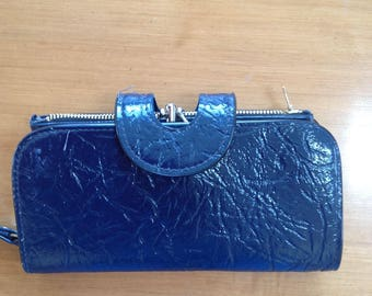 Vintage black patent kiss lock wallet and change purse