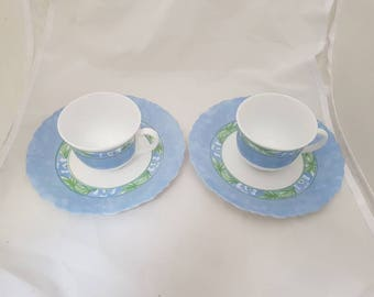 Vintage cups of Arcopal France. Milk Glass set of 2 with large dishes/plates. Blue imprint. In very neat condition. Serving, High tea