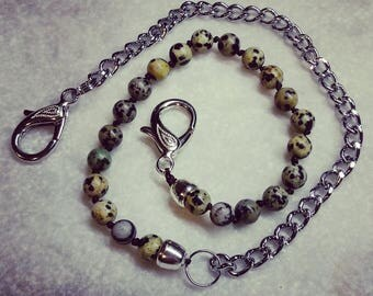 Pocket chain for men's trousers.