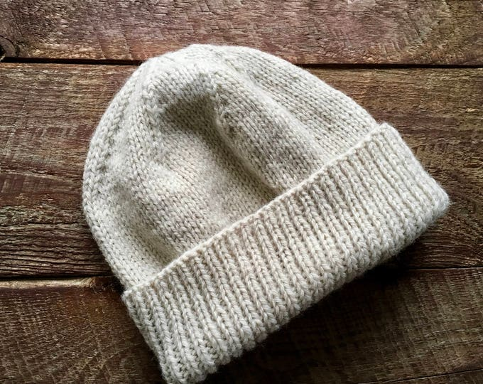 Knitted mens winter beanie
